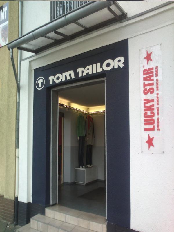 tom tailor outlet ratingen tolles von tom tailor factory. Black Bedroom Furniture Sets. Home Design Ideas