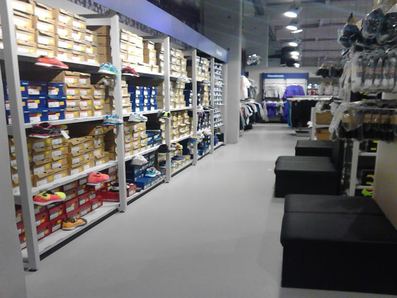 Adidas Outlet Stuhr
