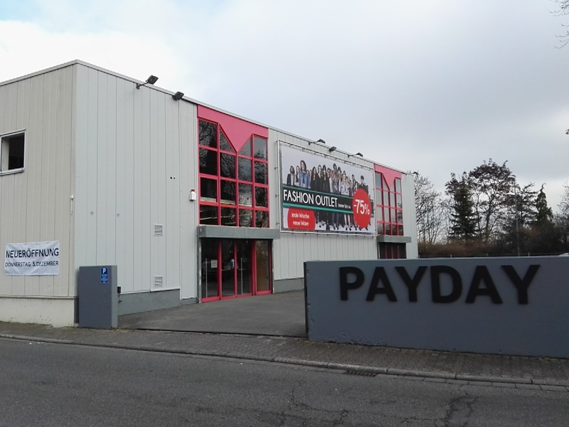 Payday Outlet  Nierstein