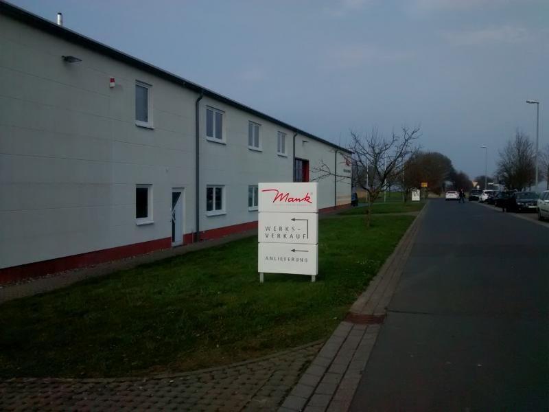 Mank Werksverkauf Dernbach - Schnäppchen von Mank, ganz ohne Manko