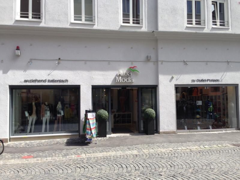 You are currently viewing Alba Moda Outlet Augsburg - Italienisches Flair in Schwaben
